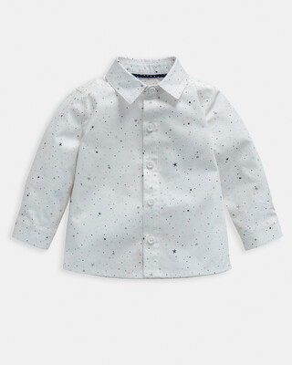 قميص بنقشة نجوم