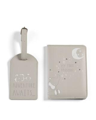 طقم جراب جواز سفر وشارة - تايني أند ستار